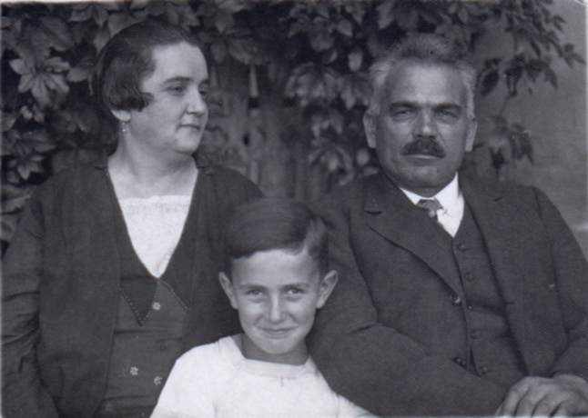 My Uncle Steve (Stefan) with his parents, Rosa and Moritz (my great grandarents), before the Holocaust